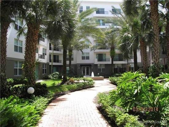 2421 NE 65th Street 2-301, Fort Lauderdale, FL 33308 (#RX-10507293) :: Ryan Jennings Group