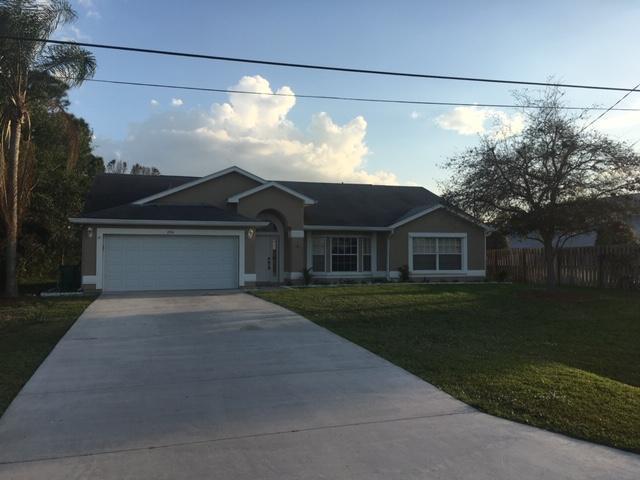 2214 SE Tiffany Avenue, Port Saint Lucie, FL 34952 (#RX-10507613) :: Ryan Jennings Group