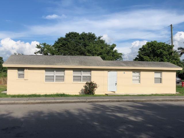 297 Booker Place, Pahokee, FL 33476 (#RX-10515925) :: The Reynolds Team/Treasure Coast Sotheby's International Realty