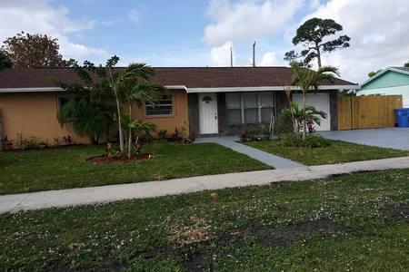 501 S 12th Street, Lantana, FL 33462 (#RX-10519452) :: Ryan Jennings Group