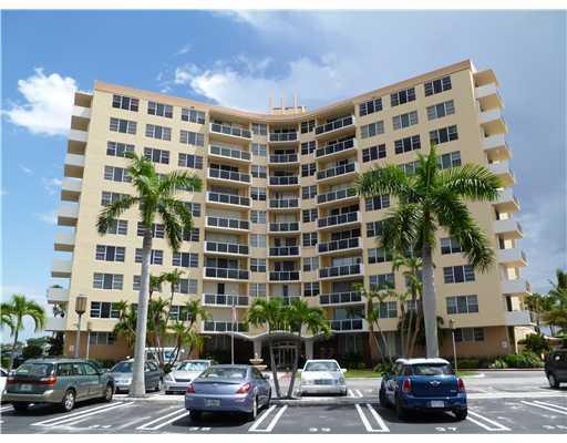 2800 N Flagler Drive #611, West Palm Beach, FL 33407 (MLS #RX-10521185) :: Berkshire Hathaway HomeServices EWM Realty