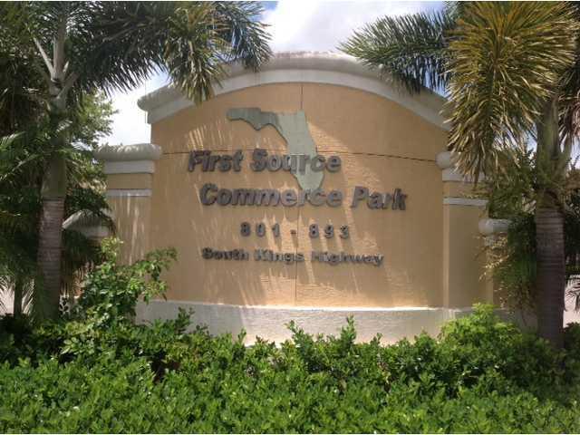 869 S Kings Highway, Fort Pierce, FL 34945 (#RX-10523762) :: Atlantic Shores