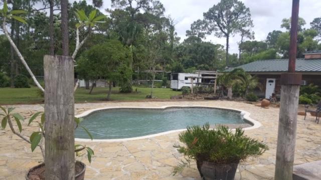 2811 G Road W, Loxahatchee Groves, FL 33470 (#RX-10525615) :: The Reynolds Team/Treasure Coast Sotheby's International Realty