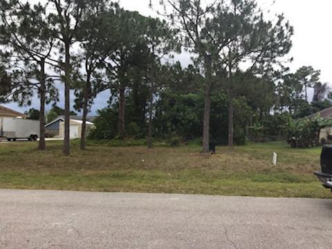 214 SW Ray Avenue, Port Saint Lucie, FL 34983 (#RX-10527552) :: Ryan Jennings Group