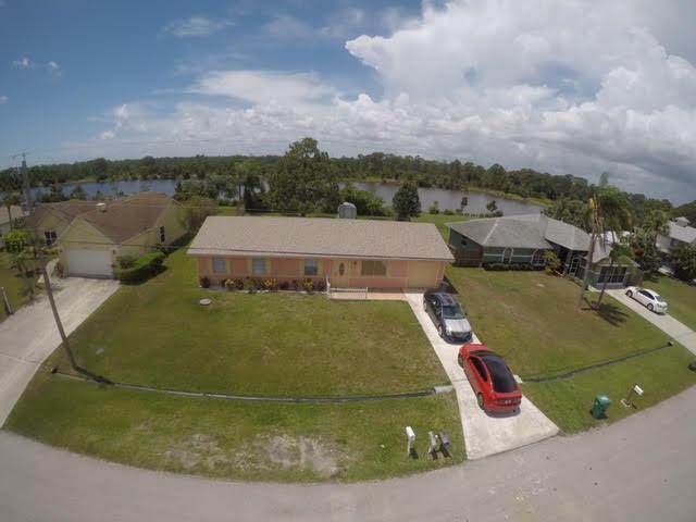 2320 SE Harrington Avenue, Port Saint Lucie, FL 34952 (#RX-10529802) :: Weichert, Realtors® - True Quality Service