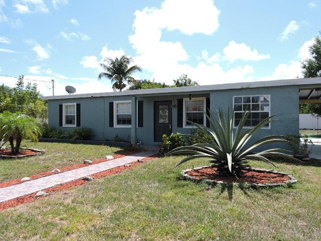 2025 Golfview Court, Fort Pierce, FL 34950 (#RX-10532726) :: The Reynolds Team/Treasure Coast Sotheby's International Realty