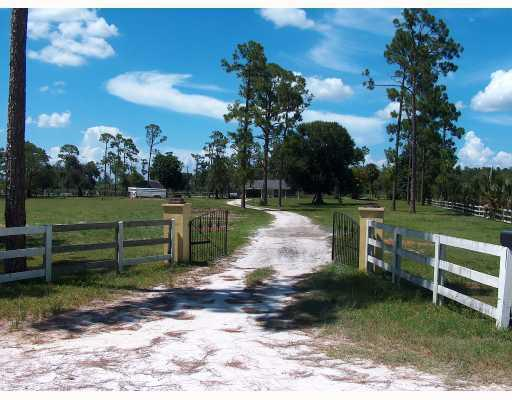 15897 Collecting Canal Road, Loxahatchee Groves, FL 33470 (#RX-10532733) :: The Reynolds Team/Treasure Coast Sotheby's International Realty