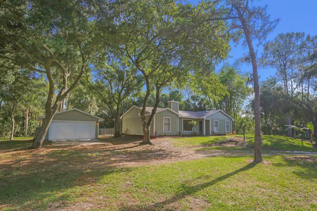 16629 93rd Road N, Loxahatchee, FL 33470 (#RX-10533220) :: Ryan Jennings Group