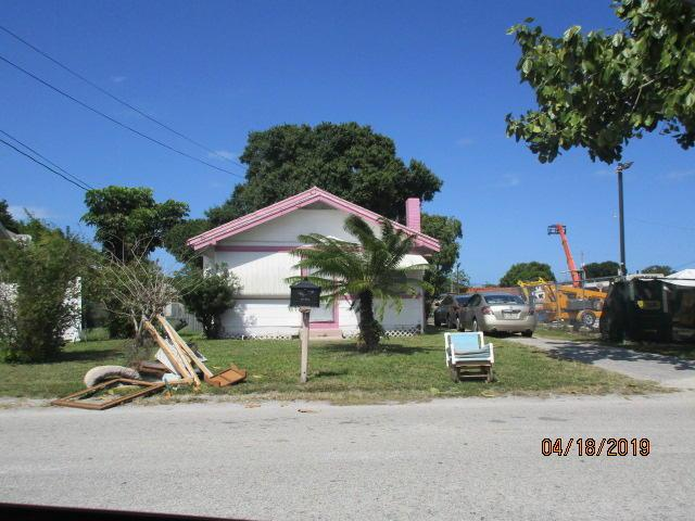 816 Dayman Avenue, Fort Pierce, FL 34950 (#RX-10533466) :: Weichert, Realtors® - True Quality Service