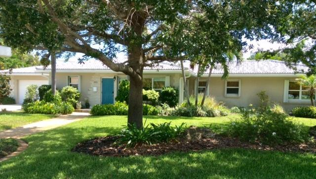 2002 N Lakeside Drive, Lake Worth, FL 33460 (#RX-10533498) :: Ryan Jennings Group