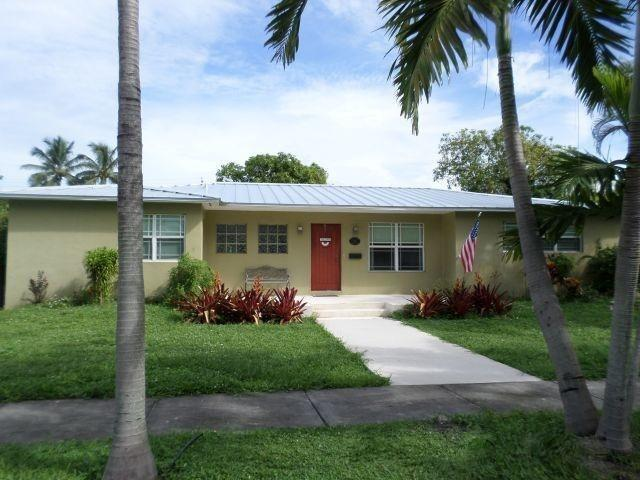 1617 Madison Street, Hollywood, FL 33020 (#RX-10541967) :: Dalton Wade
