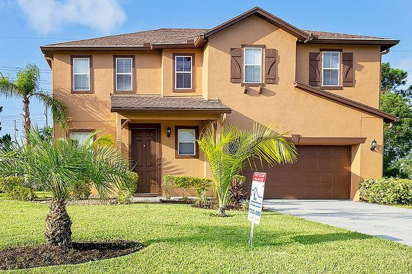 5812 NW Breezy Brook Court, Port Saint Lucie, FL 34986 (#RX-10542282) :: Ryan Jennings Group