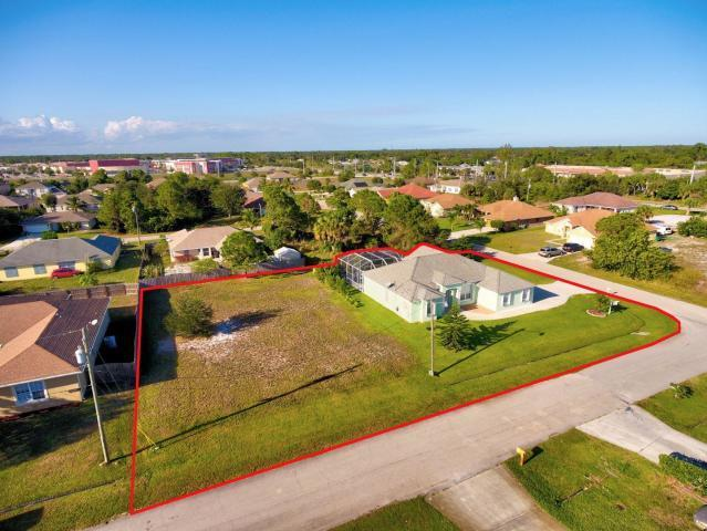 509 SW Halkell Avenue, Port Saint Lucie, FL 34953 (#RX-10543286) :: Ryan Jennings Group