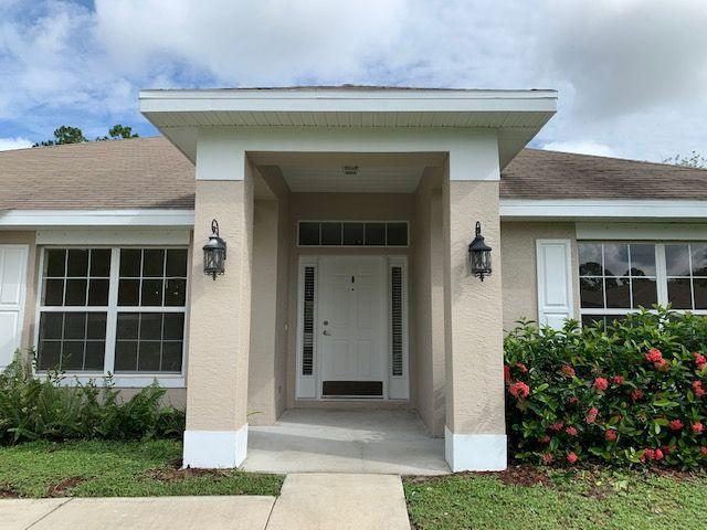 1557 SW Fortune Road, Port Saint Lucie, FL 34953 (#RX-10544733) :: Ryan Jennings Group