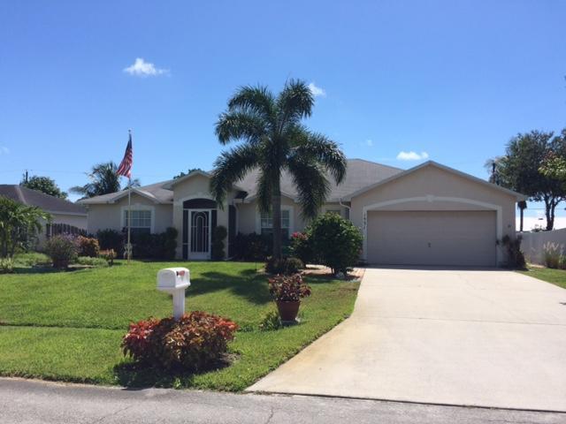 1531 SE Croquet Street, Port Saint Lucie, FL 34983 (MLS #RX-10546913) :: Berkshire Hathaway HomeServices EWM Realty