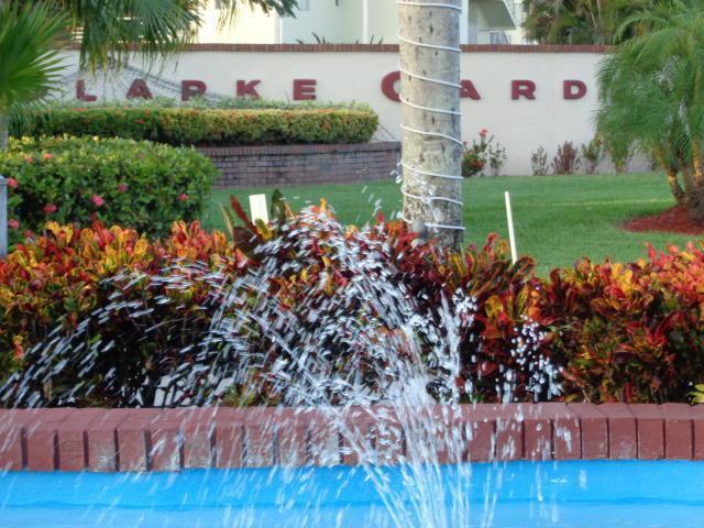 2640 S Garden Drive #208, Lake Worth, FL 33461 (#RX-10547253) :: Dalton Wade