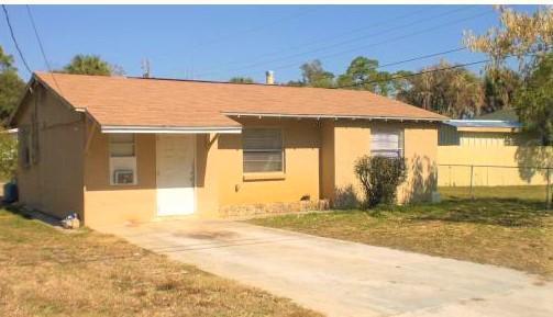4404 Evergreen Avenue, Fort Pierce, FL 34947 (MLS #RX-10547301) :: Castelli Real Estate Services
