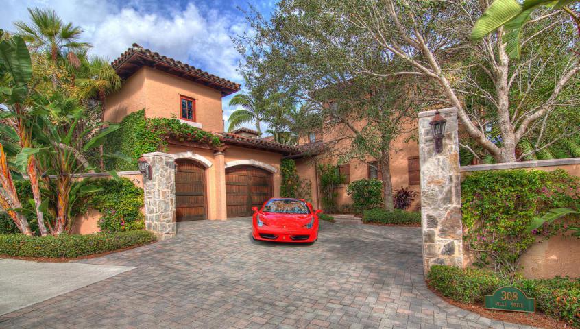 308 Villa Drive - Photo 1