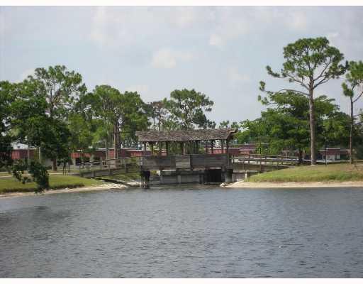 622 Laconia Circle, Lake Worth, FL 33467 (#RX-10548631) :: Ryan Jennings Group