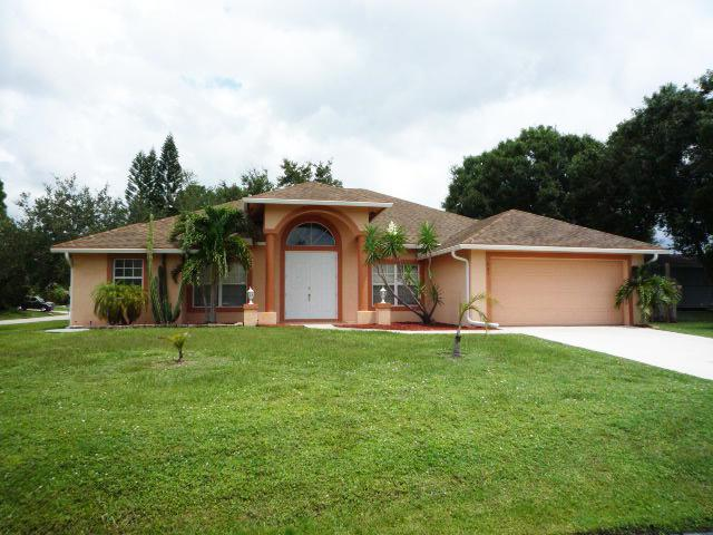 1325 SW Bartell Avenue, Port Saint Lucie, FL 34953 (#RX-10548723) :: Ryan Jennings Group