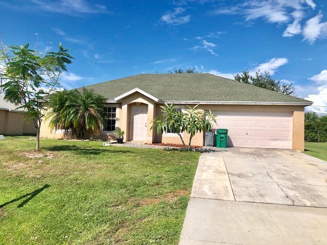 1667 SW Cameo Boulevard, Port Saint Lucie, FL 34953 (#RX-10550061) :: Ryan Jennings Group