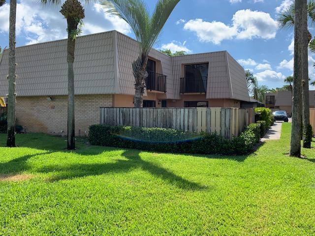 5720 57th Way, West Palm Beach, FL 33409 (#RX-10550268) :: Weichert, Realtors® - True Quality Service