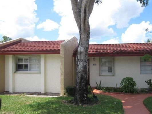 419 Lake Evelyn Drive, West Palm Beach, FL 33411 (MLS #RX-10551634) :: The Paiz Group