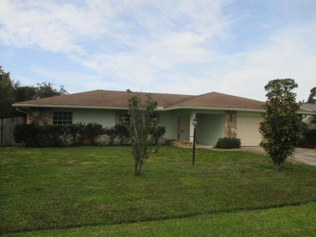 2482 SE Sidonia Street, Port Saint Lucie, FL 34952 (#RX-10552928) :: Ryan Jennings Group