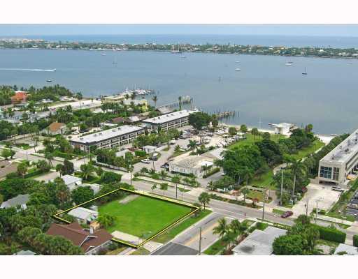 409 45th Street, West Palm Beach, FL 33407 (#RX-10553025) :: Ryan Jennings Group