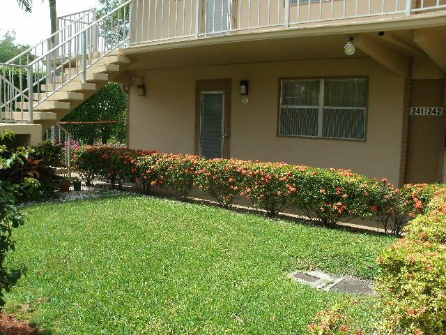 241 Flanders F F, Delray Beach, FL 33484 (#RX-10553441) :: Harold Simon | Keller Williams Realty Services