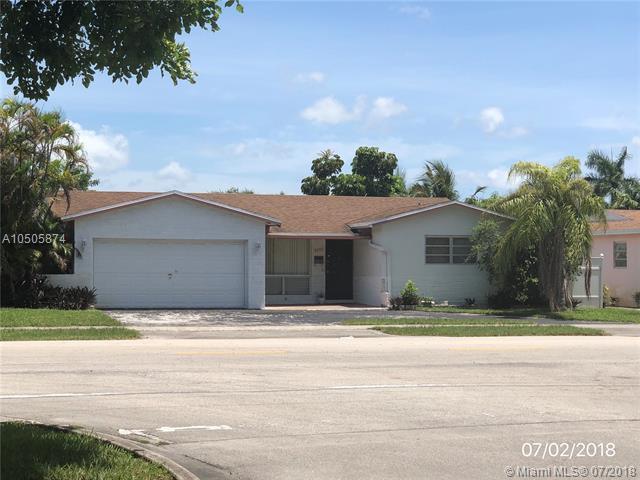 5101 Johnson Street, Hollywood, FL 33021 (MLS #RX-10553870) :: Castelli Real Estate Services