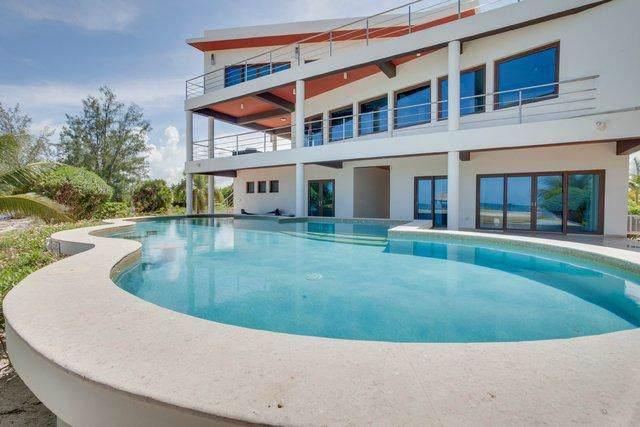 1 Belize Contempoary Estate, Out Of Country, FL 00000 (#RX-10557325) :: Dalton Wade