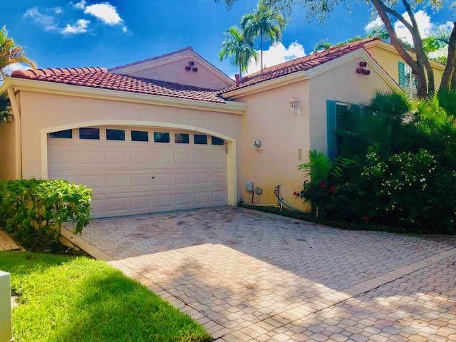 55 Via Del Corso, Palm Beach Gardens, FL 33418 (#RX-10557359) :: Ryan Jennings Group