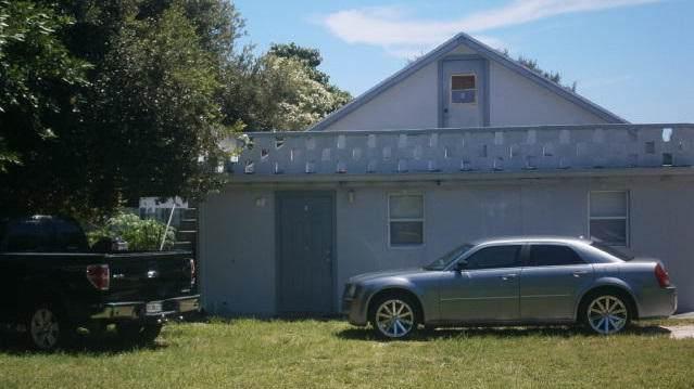 1971 Smith Drive, North Palm Beach, FL 33408 (MLS #RX-10561793) :: Castelli Real Estate Services