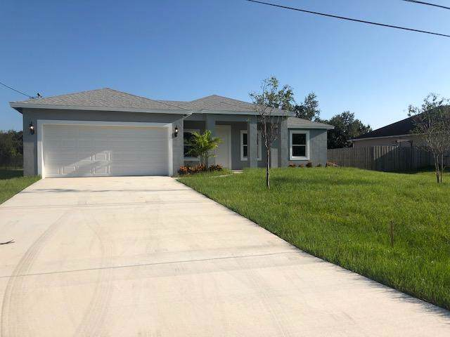 800 SW Mccall Road, Port Saint Lucie, FL 34953 (#RX-10562006) :: Real Estate Authority