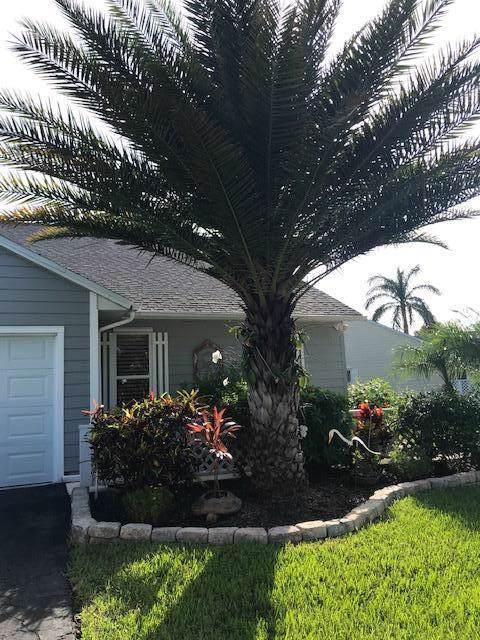 2506 SE Tropical E Circle, Port Saint Lucie, FL 34952 (#RX-10562227) :: Weichert, Realtors® - True Quality Service