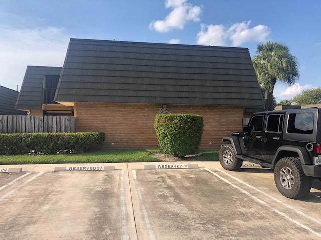 2213 22nd Way, West Palm Beach, FL 33407 (#RX-10563039) :: Ryan Jennings Group