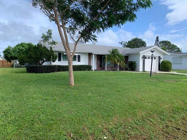 421 Willows Avenue, Fort Pierce, FL 34950 (MLS #RX-10563243) :: Castelli Real Estate Services