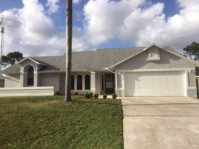 449 SW Dahled Avenue, Port Saint Lucie, FL 34953 (#RX-10565437) :: Ryan Jennings Group