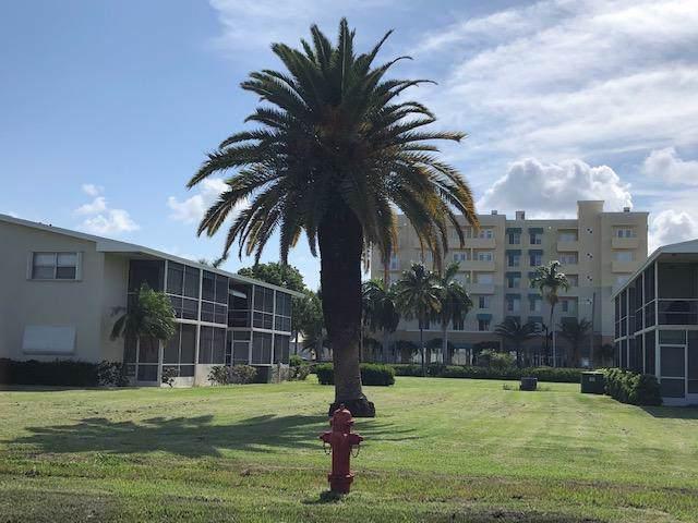 620 Horizons W #102, Boynton Beach, FL 33435 (MLS #RX-10566475) :: Berkshire Hathaway HomeServices EWM Realty