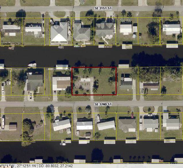 2417 SE 32nd Street, Okeechobee, FL 34974 (MLS #RX-10566546) :: The Paiz Group