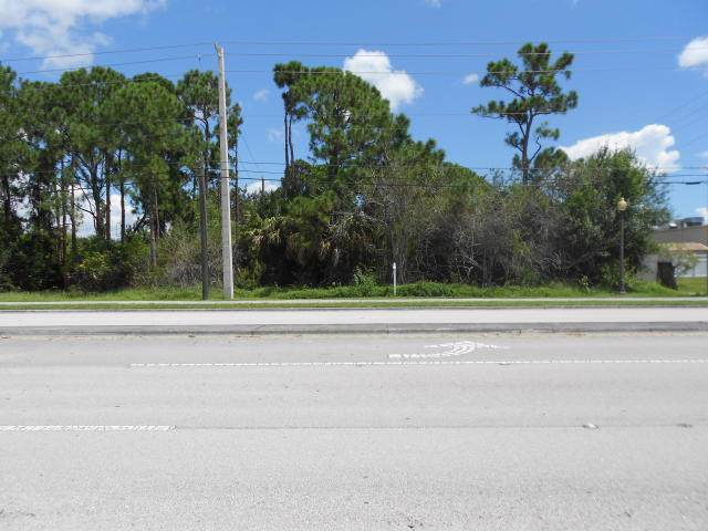 317 NW Prima Vista Boulevard, Port Saint Lucie, FL 34953 (#RX-10567355) :: Ryan Jennings Group