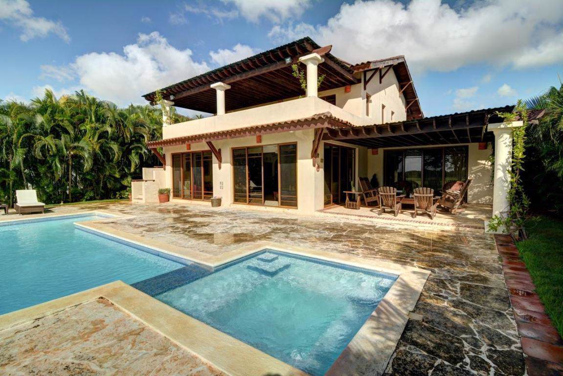 7 Polo Villas - Photo 1