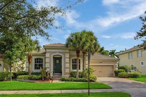 8505 Portobello Lane, Palm Beach Gardens, FL 33418 (MLS #RX-10570234) :: Laurie Finkelstein Reader Team
