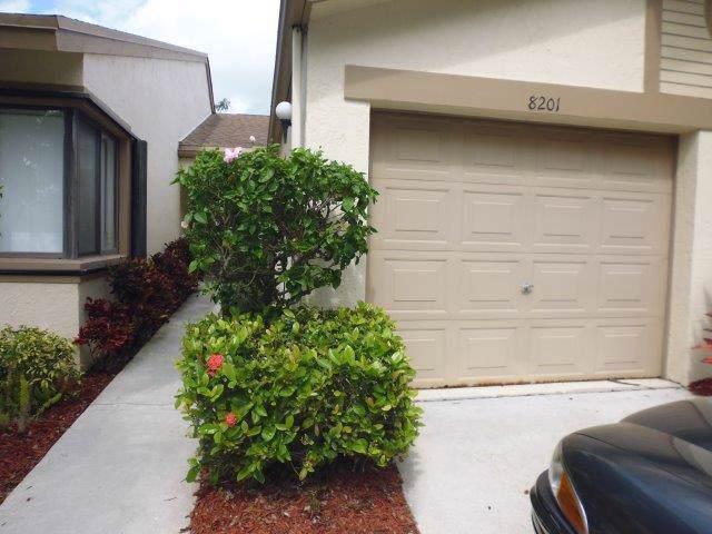 8201 Springview Terrace, Boca Raton, FL 33496 (#RX-10570272) :: Ryan Jennings Group