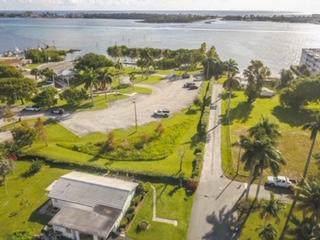 651 Oak Street, Boynton Beach, FL 33435 (#RX-10571506) :: Weichert, Realtors® - True Quality Service