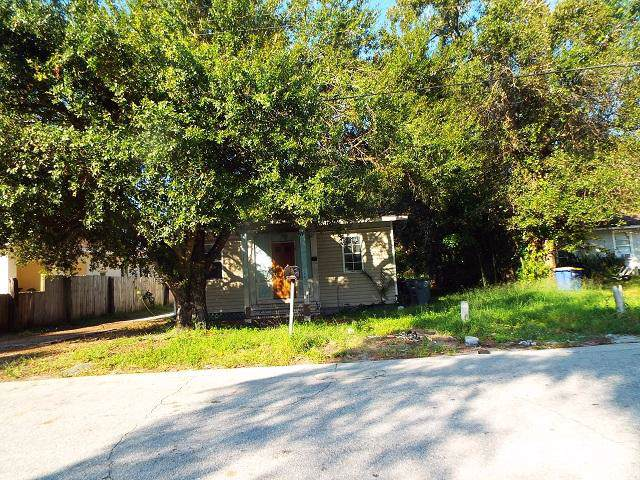 525 S 17th Street, Fort Pierce, FL 34950 (#RX-10572474) :: Ryan Jennings Group