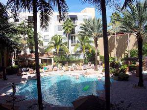 720 S Sapodilla Avenue #504, West Palm Beach, FL 33401 (#RX-10573044) :: Ryan Jennings Group