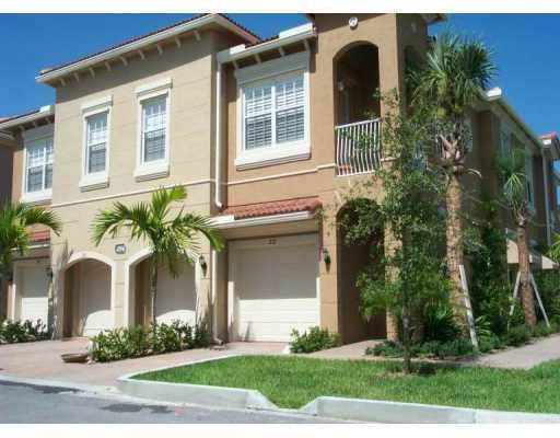 4986 Bonsai Circle #108, Palm Beach Gardens, FL 33418 (#RX-10573877) :: Ryan Jennings Group