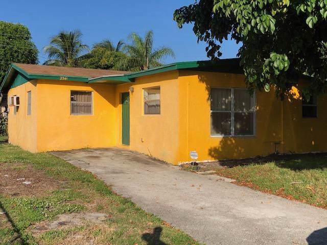 2741 NE 4th Street, Boynton Beach, FL 33435 (#RX-10577334) :: Weichert, Realtors® - True Quality Service